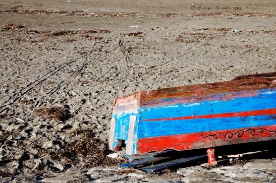 barca in spiaggia (1)